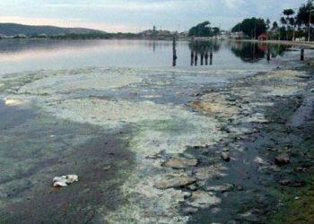Poluição na Lagoa de Araruama