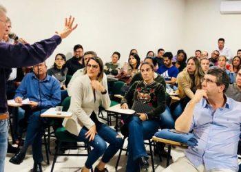 Medicos decidem decretar greve em Campos