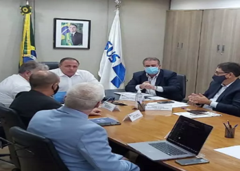 Ministro Eduardo Pazuello reunião
