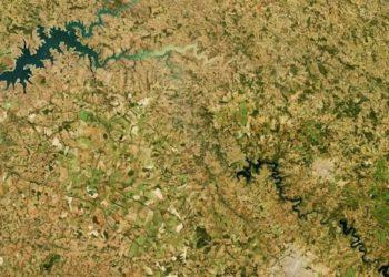 Imagem em alta resolução do entorno do Lago das Brisas (MG) registrada em 17 de junho de 2021 pelo instrumento Operational Land Imager (OLI), do satélite Landsat 8. Imagem: Nasa via BBC